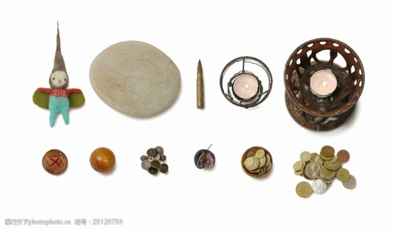 各種古董玩具錢幣燈盞石頭洋娃娃