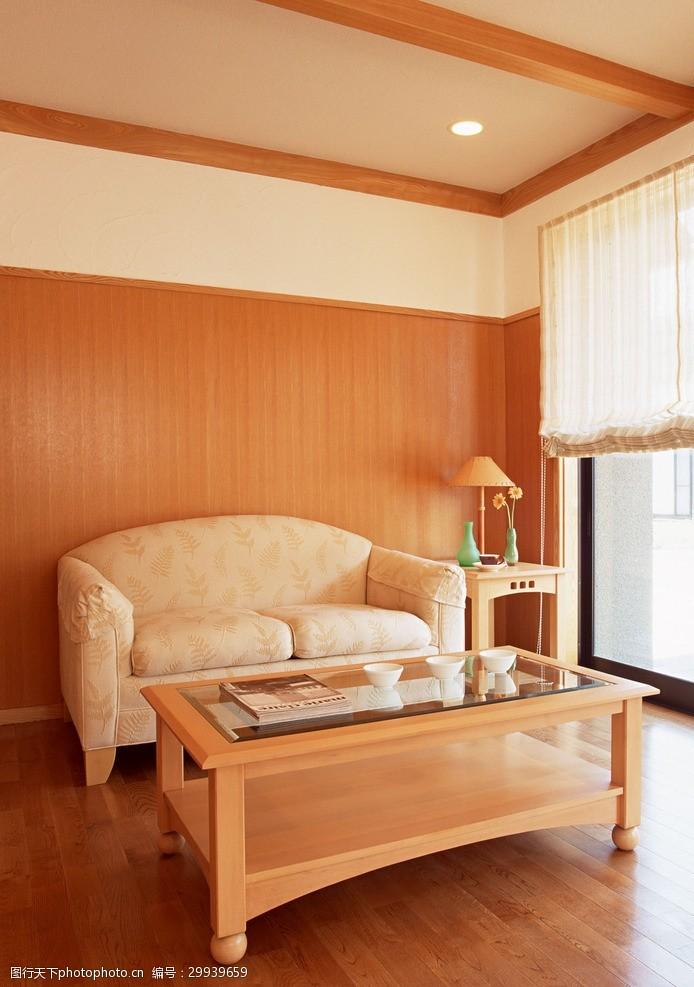 寬敞的臥室
