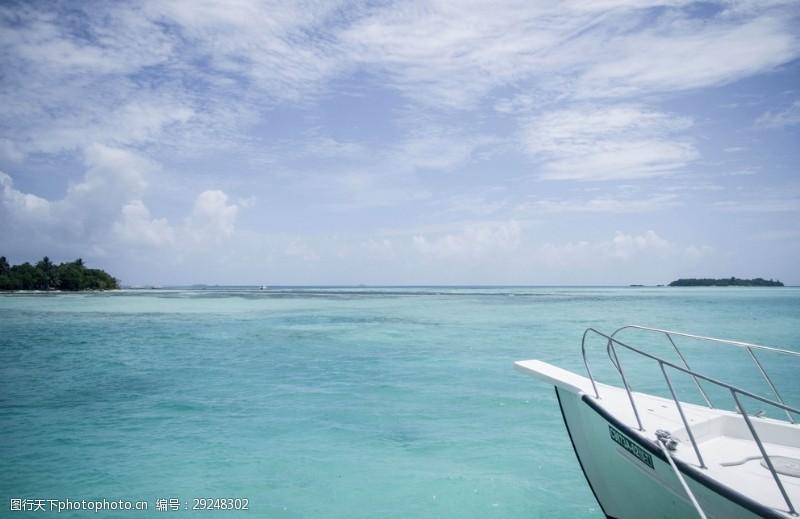 碧绿的海水马尔地夫