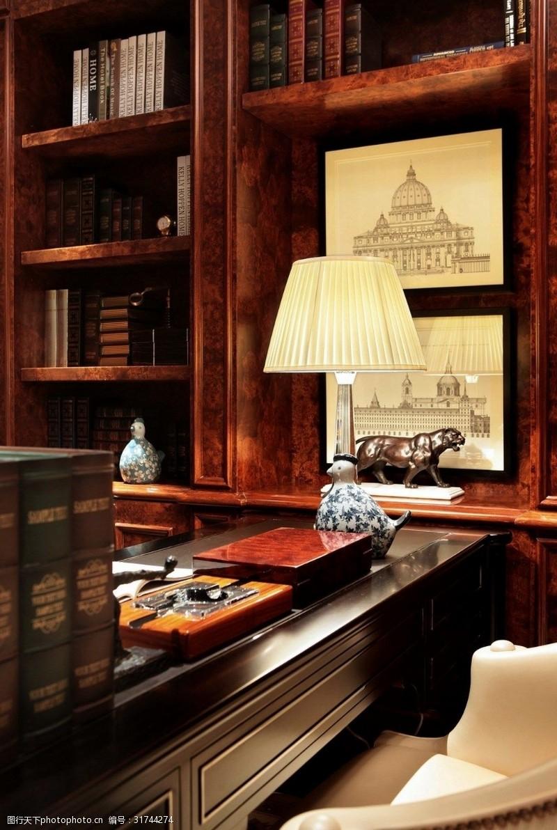 低奢都市风欧式书房装修效果图
