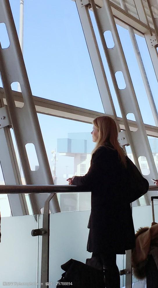 欧洲美女机场美女